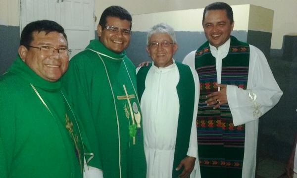 Pe. Valdiano Araújo é apresentado como novo padre de Agricolândia