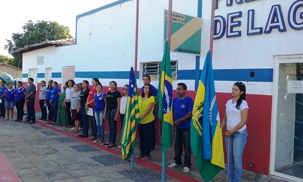 Secretária de Educação realiza Ato Cívico em Lagoinha