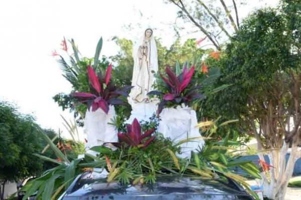 Confira como foi a procissão e missa de encerramento dos festejos de Nossa de Fátima