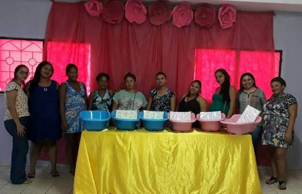 CRAS de Santo Antônio dos Milagres entrega Enxoval para Gestantes