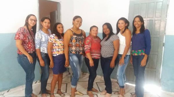Prefeitura de Santo Antônio dos Milagres Oferece Capacitação para Orientadoras Sociais