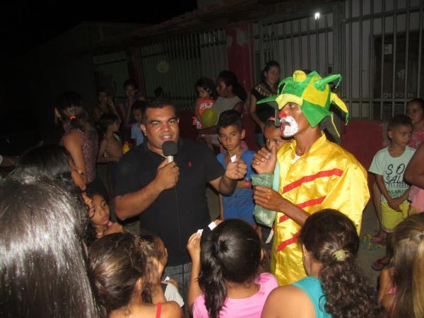 Vereador Waldir Faz Festa para as Crianças em Agricolândia