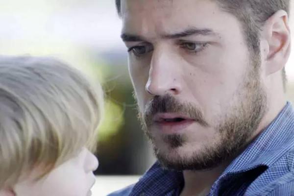 A Força do Querer: Zeca descobre ser pai de Ruyzinho