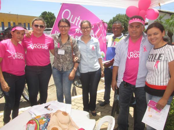 1ª dama Kelly Alencar divulga programação para a caminhada do Outubro Rosa em Agricolândia