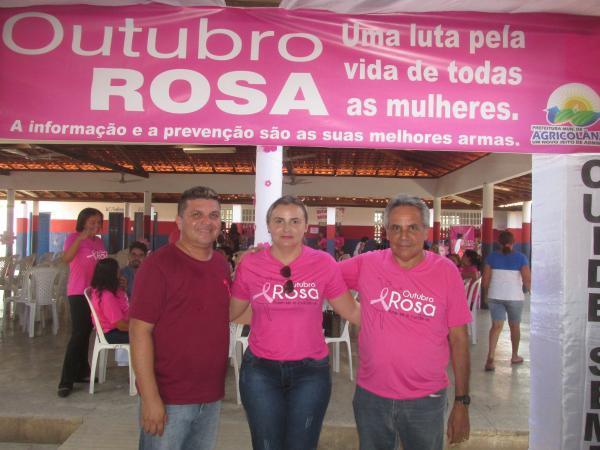 Outubro Rosa: Multiprofissionais realizam uma manhã de ação social em Agricolândia