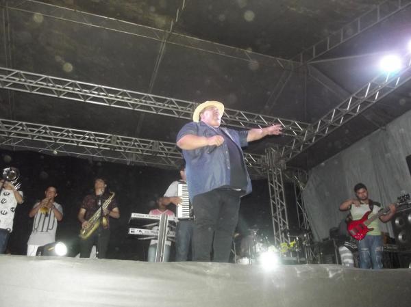 Banda Forró Dengoso e Cizinho e Forró Bandido Encerram em grande estilo os festejos do Bairro Baixa em Agricolândia