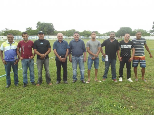 Prefeitura dar o pontapé inicial para a Escolinha de Futebol em Agricolândia
