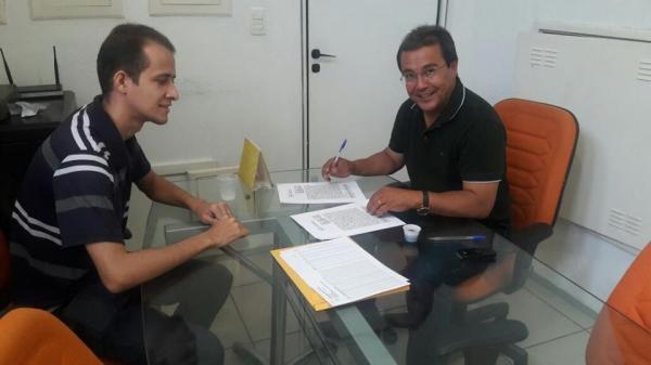 Prefeitura de Água Branca firma convênio com a FUNASA para melhorar abastecimento de Agua
