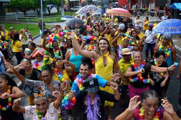 Carnaval da 3ª Idade é Realizado em Agua Branca