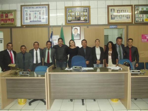 Professores da rede municipal de Agricolândia têm salário reajustado em 6,81%