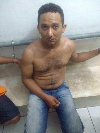 Polícia prende cinco acusados de assaltos a postos de combustíveis