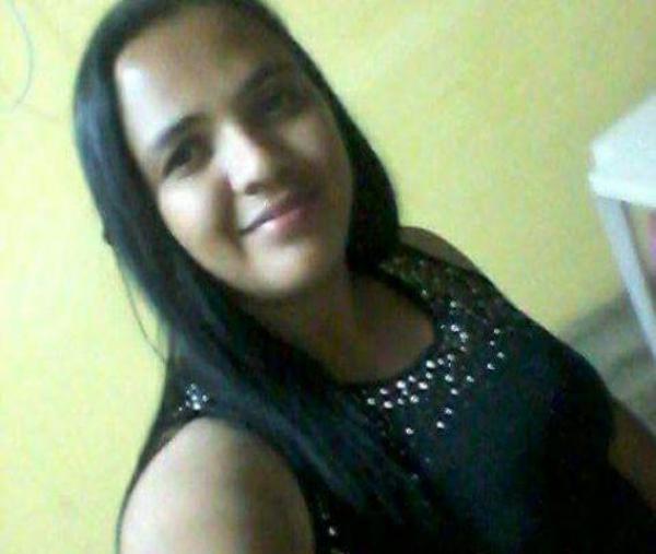 Ex-candidata a vereadora é morta a facadas por ex-companheiro no PI