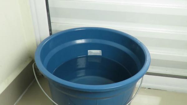 Menina de 2 anos morre afogada dentro de balde no interior do Piauí