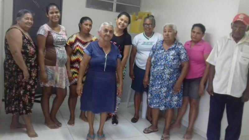 Educadora Física realiza atividades com os Idosos em Santo Antônio dos Milagres