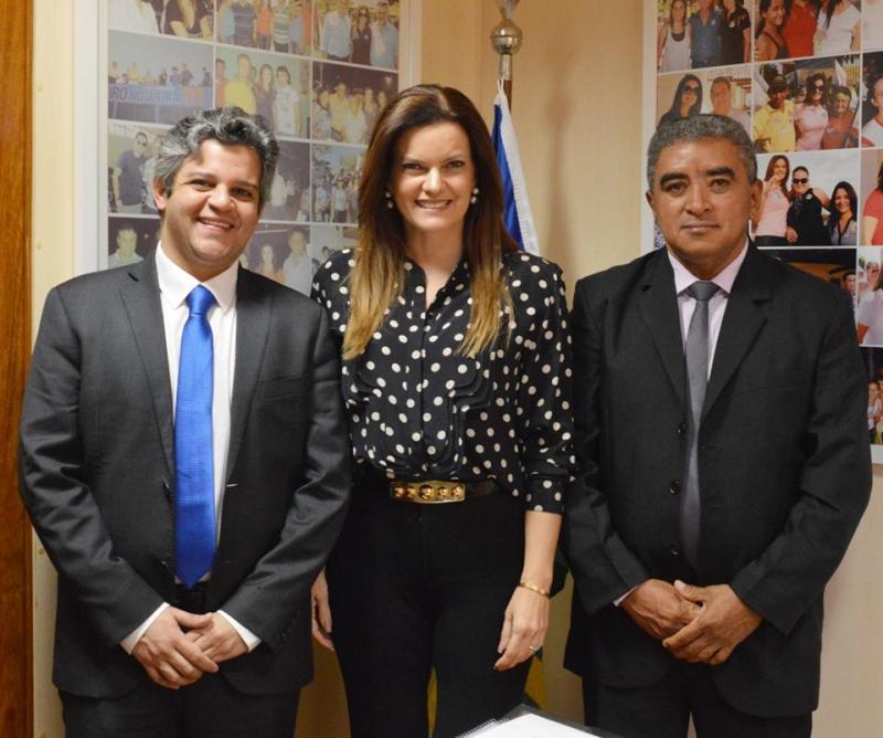 Prefeito Robertinho garante recursos para Miguel Leão através da Deputada Iracema Portella