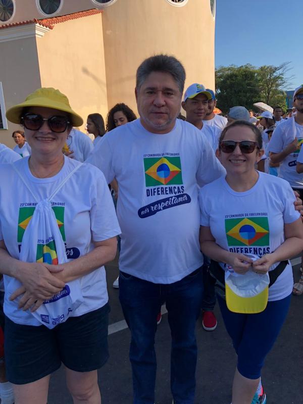 Deputado João Madison Participa da 23ª Caminhada da Fraternidade