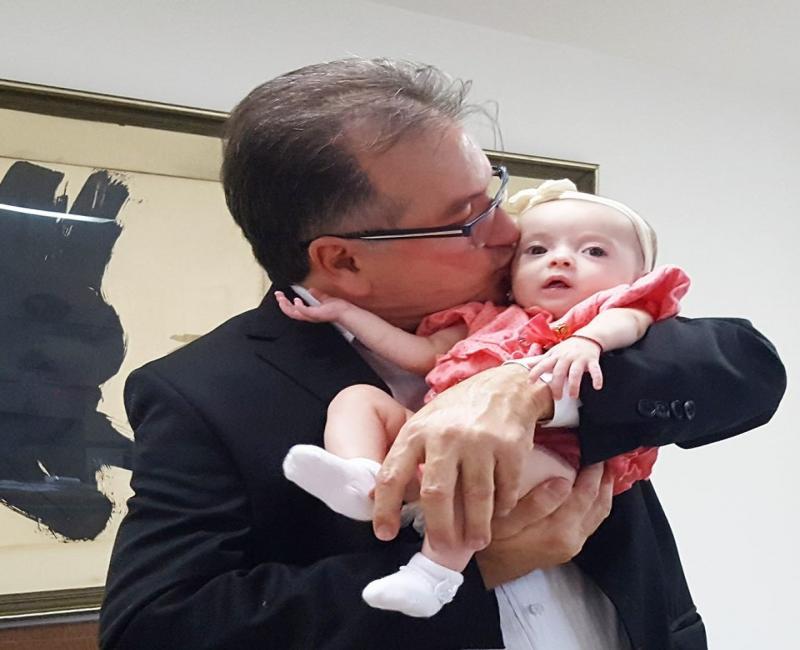 Neta do pré-candidato Merlong Solano morre aos sete meses