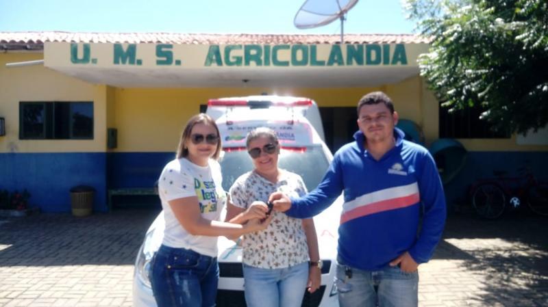 Prefeitura de Agricolândia entrega Nova Ambulância para a População