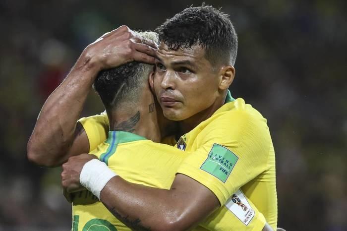 Brasil se classifica em 1º lugar e segue em busca do hexa