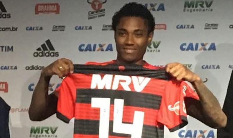 Vitinho a um passo da realização do sonho no Flamengo