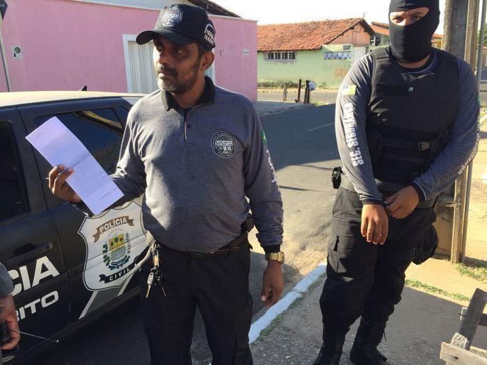 Operação prende funcionário de Ministério acusado de estupro