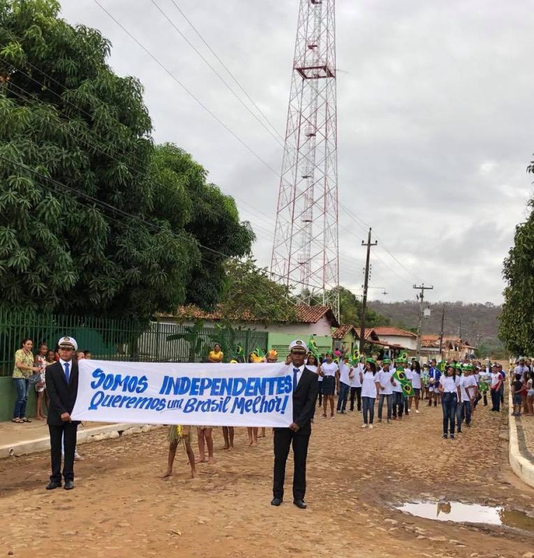 Prefeitura de Miguel Leão Realiza Desfile Cívico na Cidade
