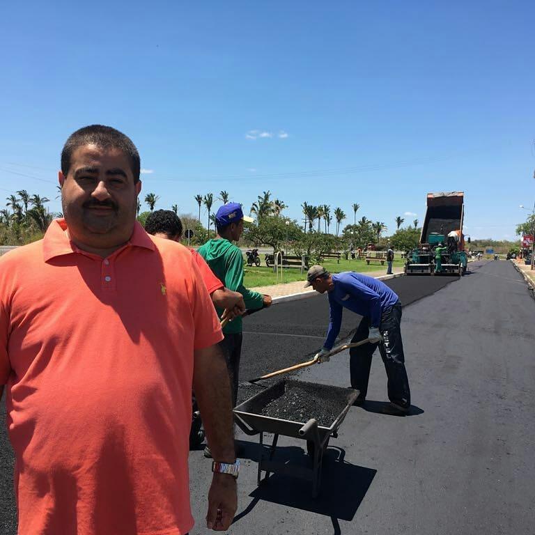 Ruas e Avenidas de Lagoa do Piauí recebem Pavimentação Asfáltica