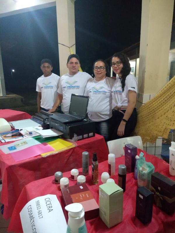 Alunos do PRONATEC realizaram a primeira Feira do Empreendedor em Lagoinha
