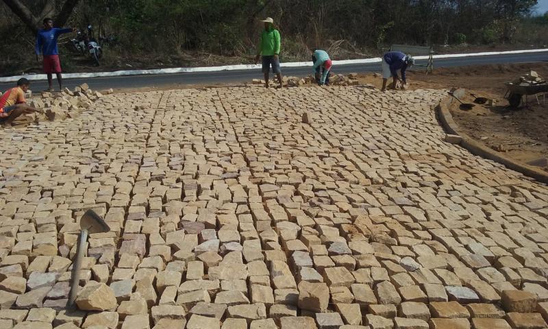 Prefeitura de Agricolândia Conclui Calçamento do Conjunto Novo Horizonte
