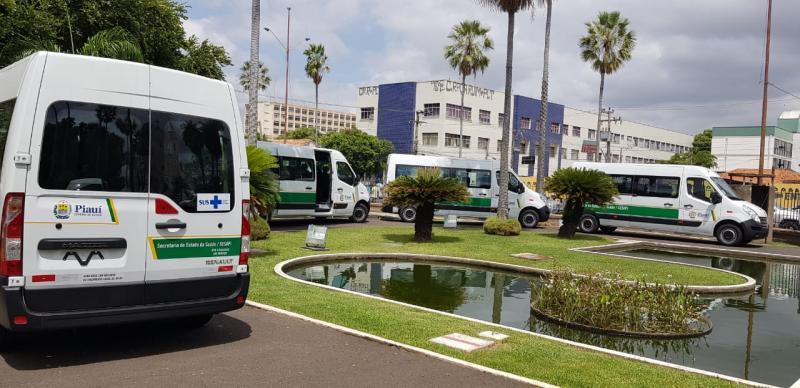 Água Branca, Santo Antônio dos Milagres e mais 15 municípios do PI receberão veículos nesta quinta-feira