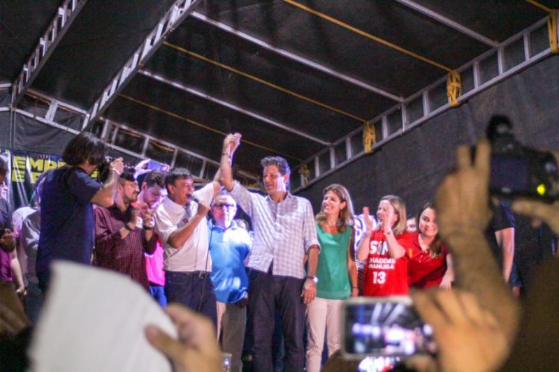 Haddad e Wellington reúnem milhares de pessoas em campanha no Piauí