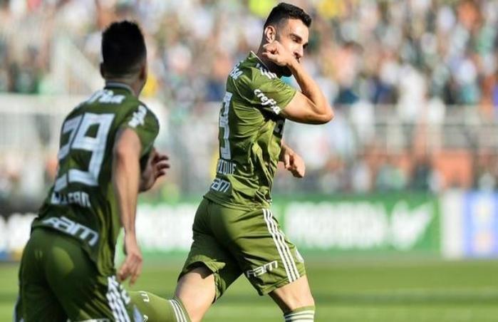 Palmeiras vence Ceará por 2 a 1