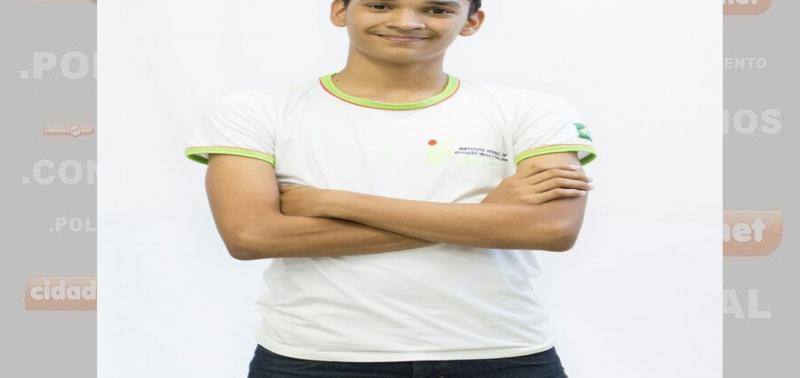 Jovem de Uruçuí concorre a vaga para representar o PI no Parlamento Juvenil Mercosul; Saiba como votar