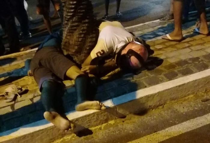 Dois morrem após colisão de moto com árvore em avenida de Floriano
