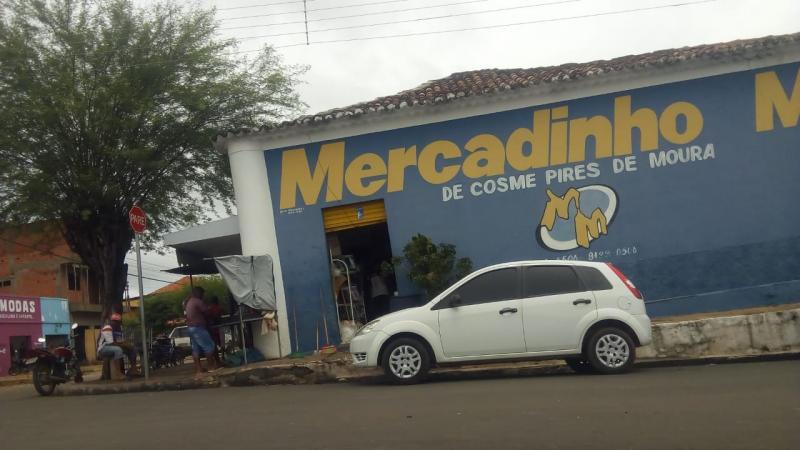 Assaltantes roubam de Dono de Mercadinho em São Pedro mais de 90.000 mil reais