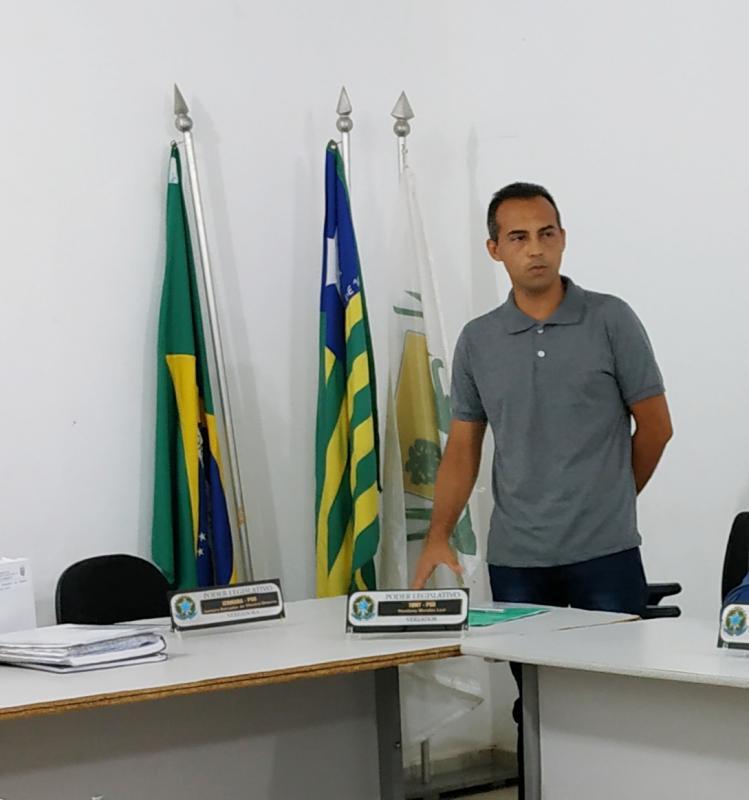 Vereador Tony é Eleito Presidente da Câmara Municipal de Vereadores de Miguel Leão Piauí