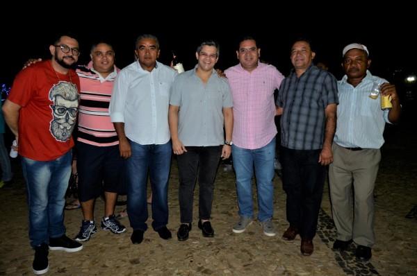 Show em praça pública marca comemorações do 55º aniversário de Miguel Leão