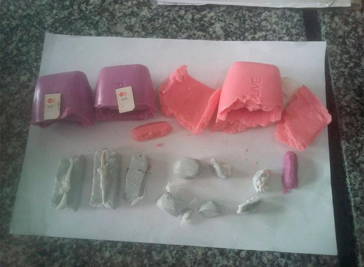 Mulher é detida ao tentar entrar em presidio com drogas e chips escondidos em sabonetes no interior do Piauí