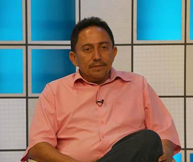 Prefeito Walter Nomeia Secretaria de Saúde e Administração