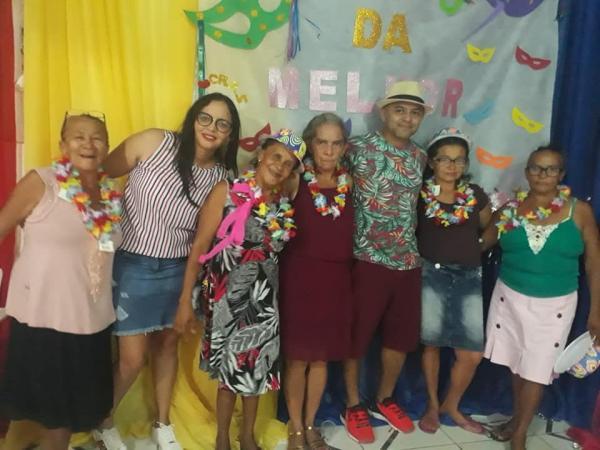 SCFV de Santo Antônio dos Milagres realiza Festa de Carnaval dos Idosos