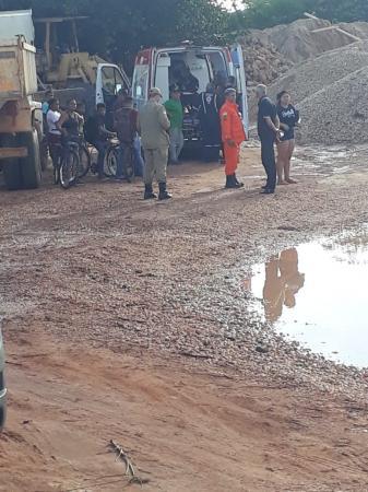 Operário morre eletrocutado e 3 ficam feridos em draga em Teresina