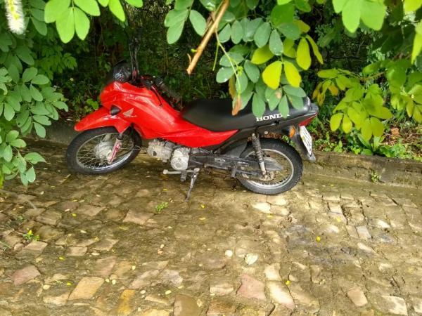 Moto roubada durante festa em São Gonçalo é recuperada pela Polícia