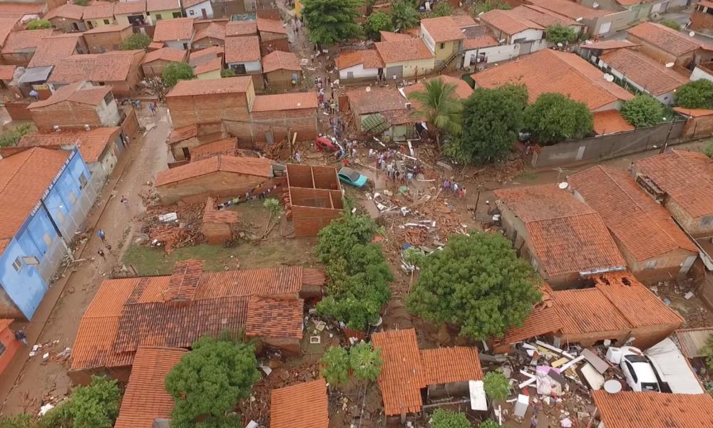 Prefeitura retira Famílias das áreas de Risco em Teresina