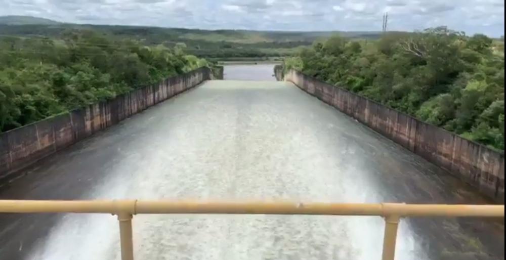 Chesf abre comportas de barragem e águas chegam em Teresina na terça