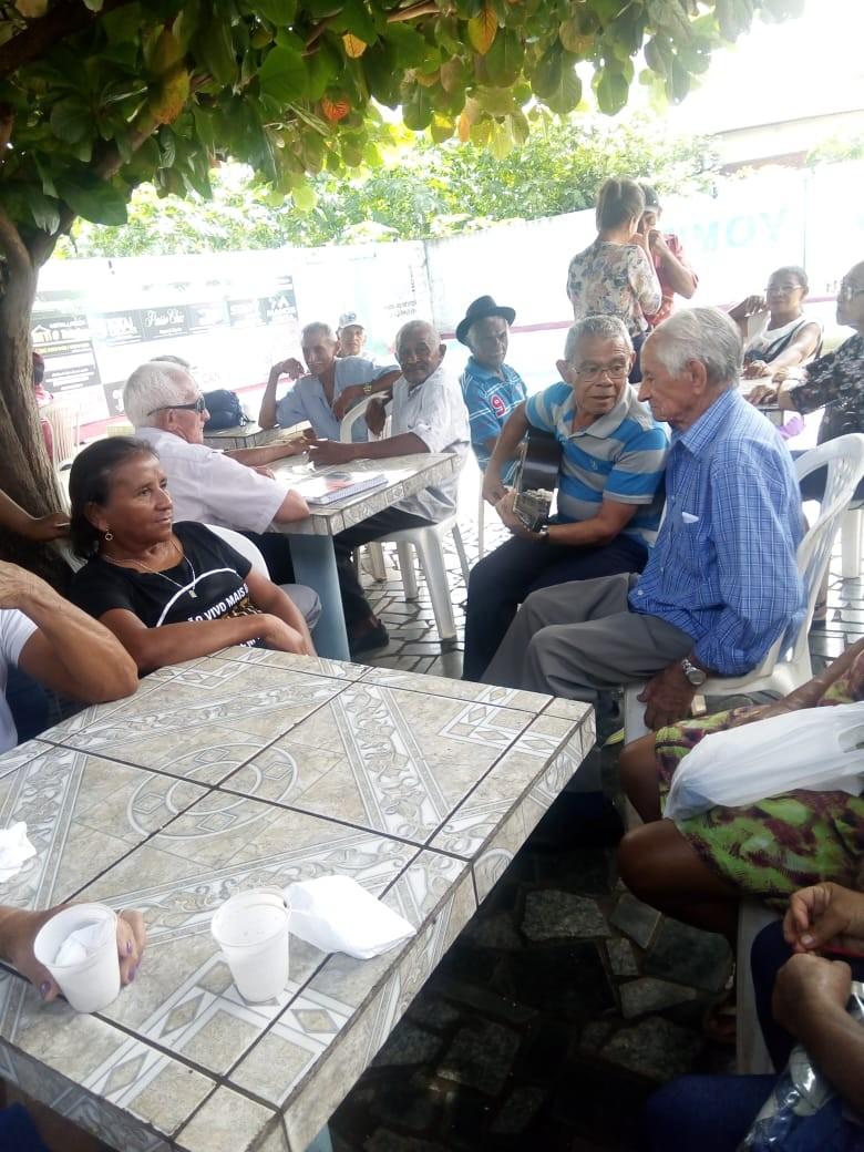 SCFV de Agricolândia Realiza Primeira Reunião com Grupo de Idosos