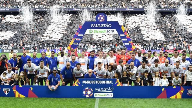 Corinthians é tricampeão ao vencer o São Paulo
