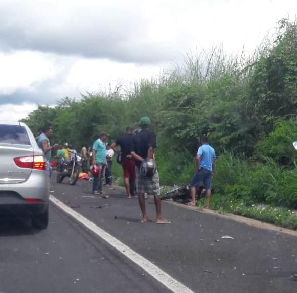Acidente na BR 343 deixa uma vitima fatal no Povoado Iscas entre São Pedro e Água Branca