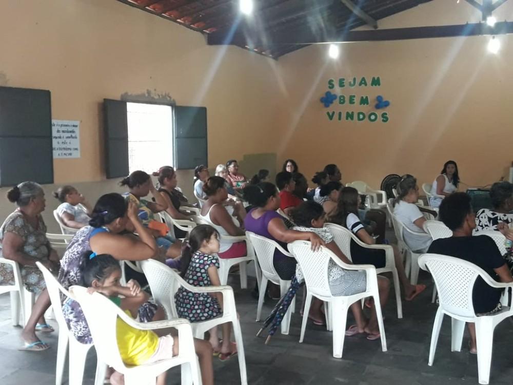 Prefeitura de Curralinhos entrega Kits de Enxoval para gestantes