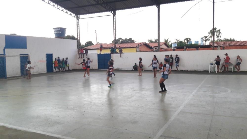 Seleção de Futebol Feminino de Lagoinha realizou jogo Beneficente