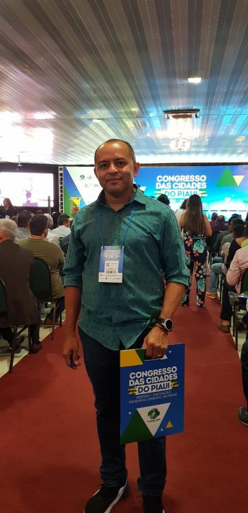 Prefeito Dr. Adalberto Participa do Congresso das Cidade